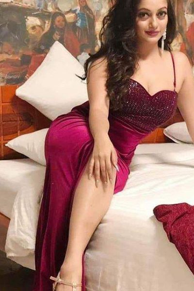 Call Girls In Munirka 8448334181 Escorts ServiCe In Delhi Ncr